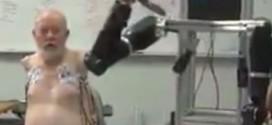 Beyinle yönetilen protez kol!